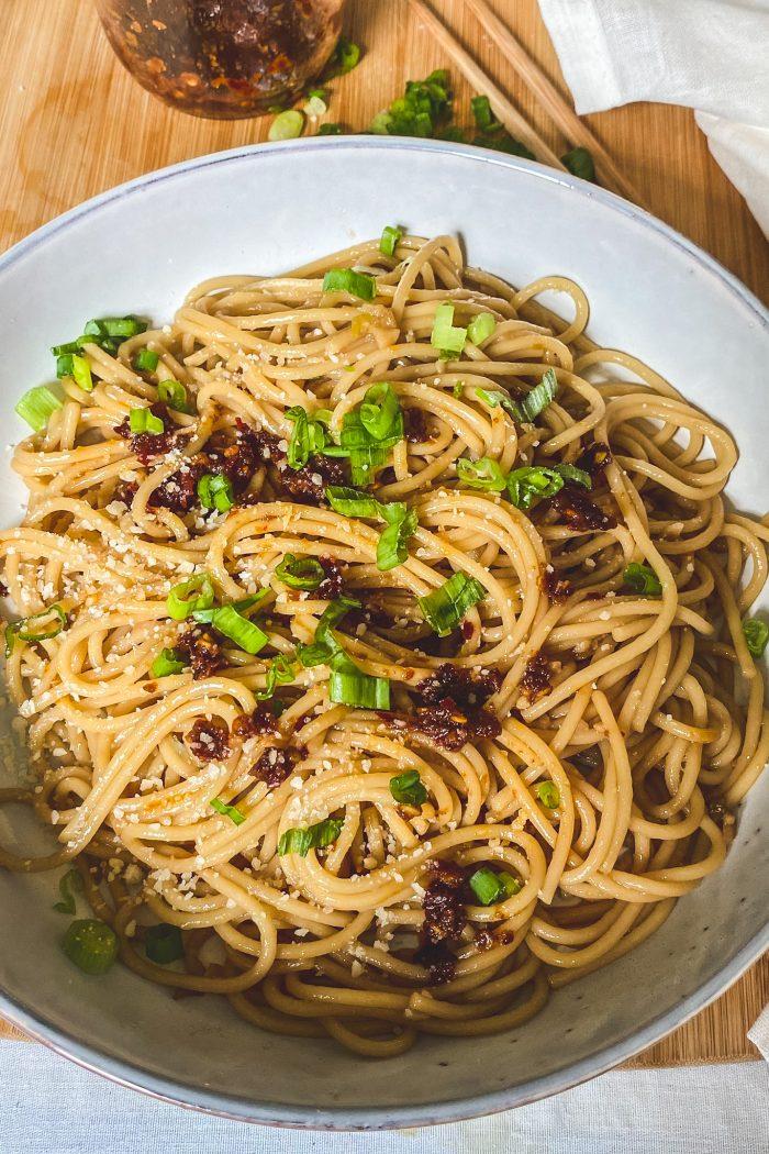 Easy Delicious Garlic Noodles